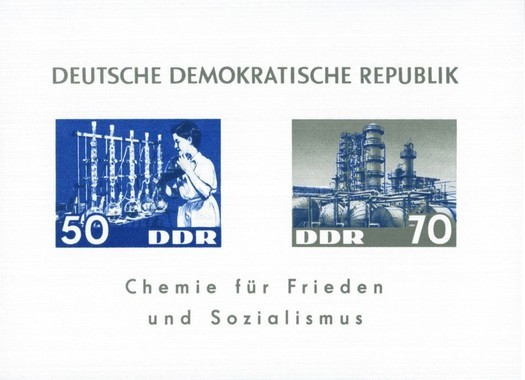 [Peace and Socialism, Typ ]