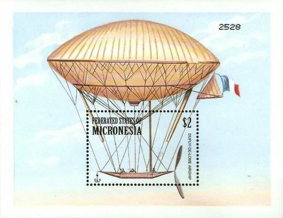 [The 100th Anniversary of First Zeppelin Flight and Airship Development, type ]